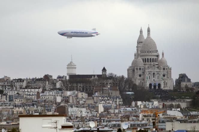 Le zeppelin airship