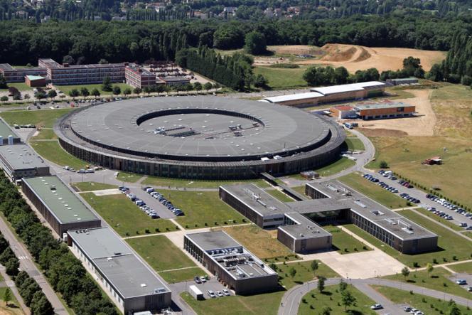 Vue aérienne du synchrotron Soleil, à Gif-sur-Yvette