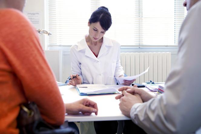 Consultation de dépistage prénatal.