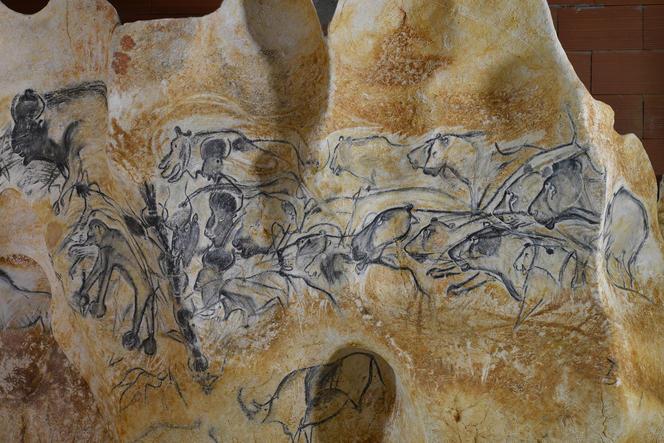 Le panneau des lions de la Caverne du Pont d'Arc
