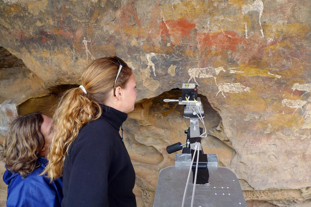 Analyse par spectroscopie Raman de peintures San