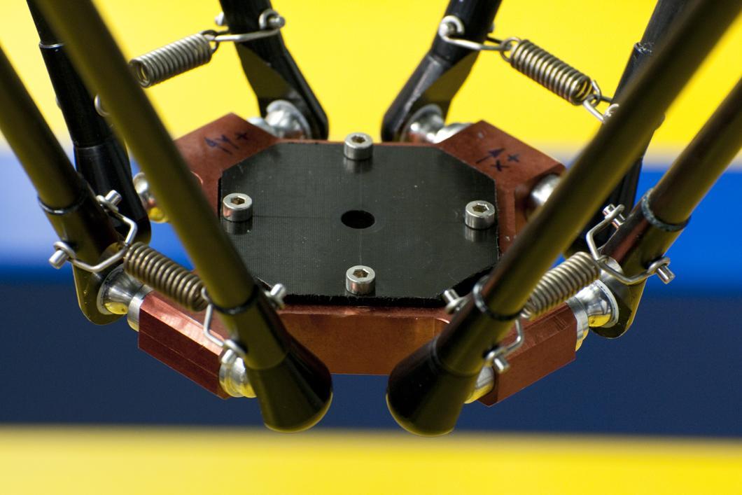 Robot R4 détenant le record du monde d'accélération