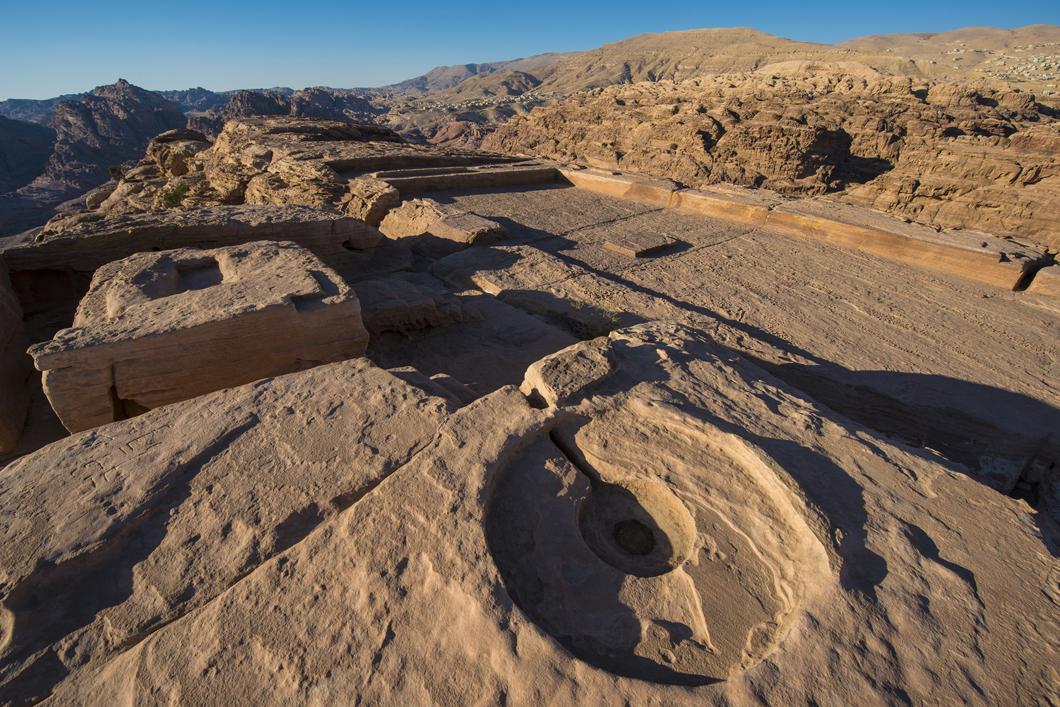 Autel situé au sommet du Jabal al-Madhbah à Pétra