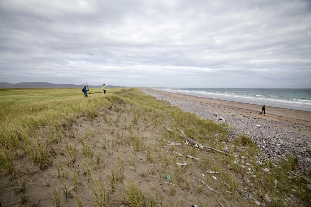 Enregistrement des variations d'altitude de la dune et de la plage sur l'isthme de Miquelon-Langlade