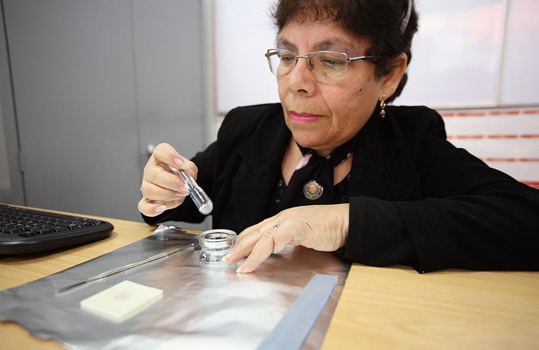 La cristallographe Elvira Zeballos
