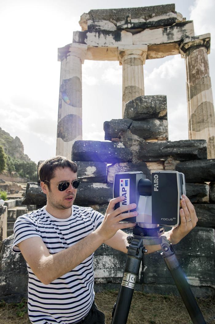 Scanner portatif, numérisation du site de la Tholos de Delphes