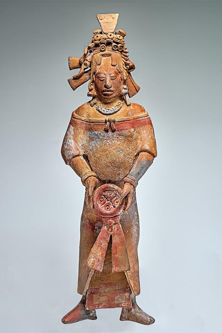 Figurine représentant une femme appartenant à l'aristocratie maya