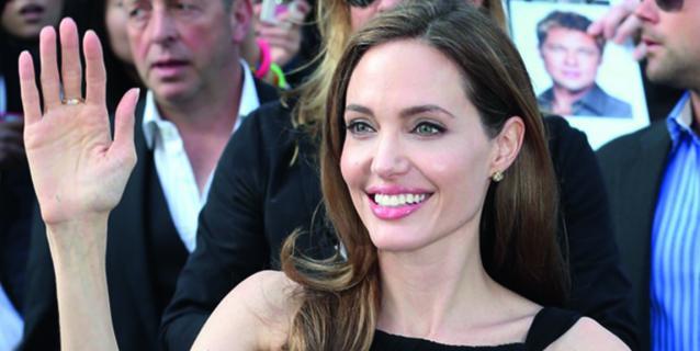 Angelina Jolie après sa double mastectomie préventive.