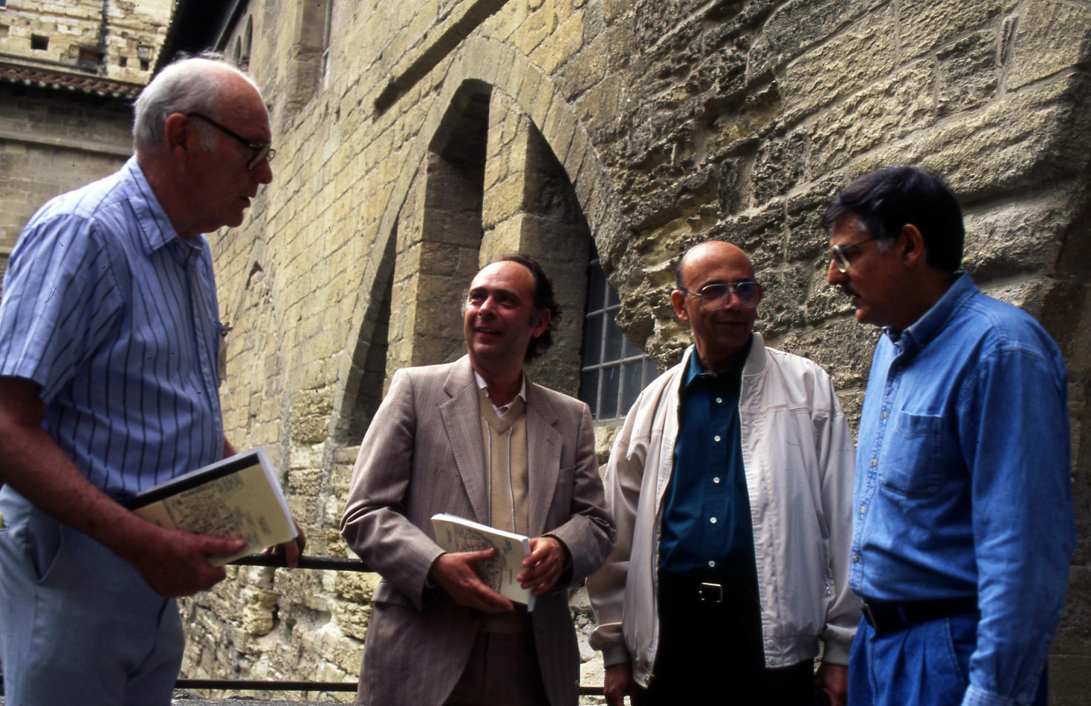 Denis Gratias est l'un des quatre co-auteurs de la publication rendant publique la découverte de Dan Shechtman.