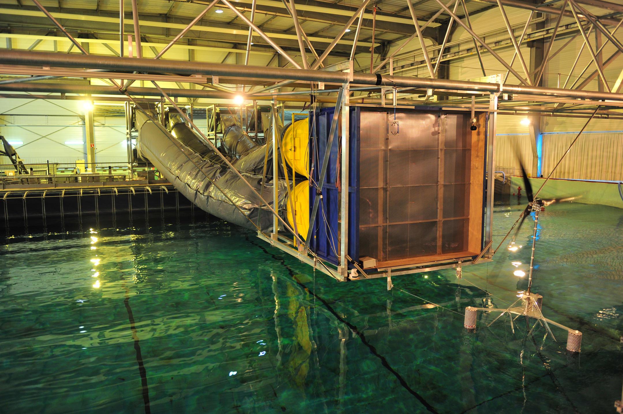 Grand hall hydrodynamique de l'Ecole Centrale de Nantes