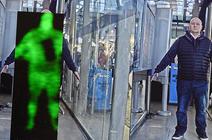 Système de caméra térahertz actuellement testé par la police britannique. La caméra capte la chaleur corporelle du sujet, localisant les objets qui bloquent la chaleur.