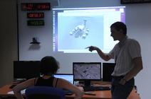 Scientifiques du Fimoc travaillant sur la mission MSL Curiosity