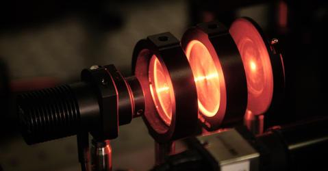 Dispositif laser