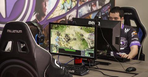 Tournoi de Starcraft II à la  Millenium Game Academy de Marseille