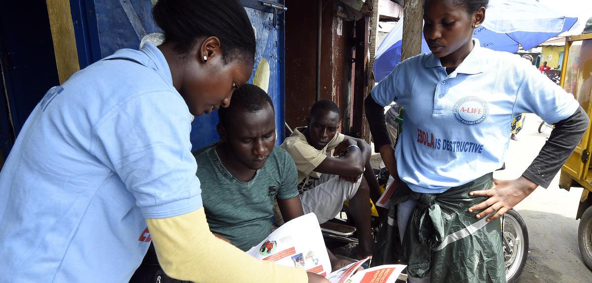 Ebola: les anthropologues en renfort