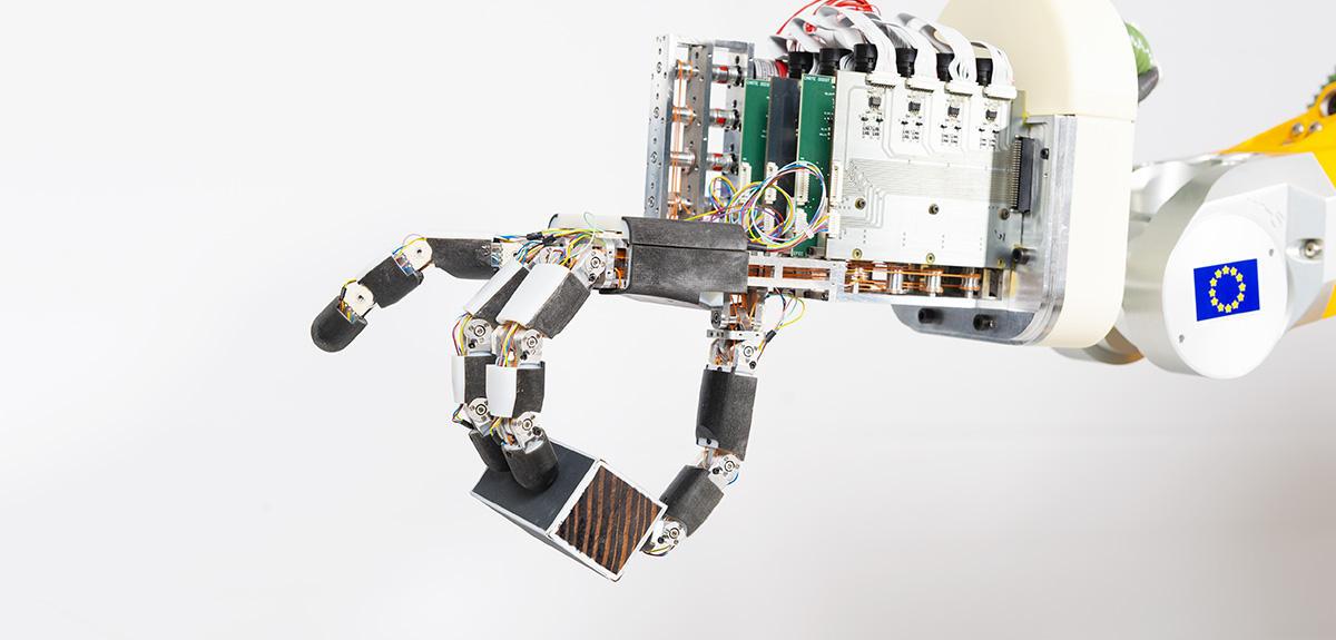 Cinq robots au talent fou