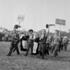 Manifestation pour l'école laïque à Vincennes le 19 Juin 1960.